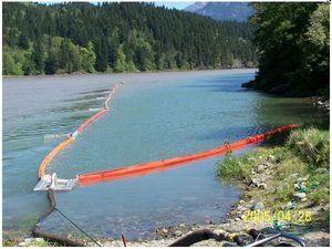 水面溢油围栏式撇油器