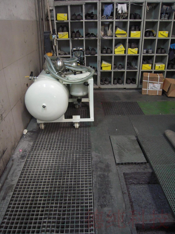 固定式气动浮油收集机.jpg