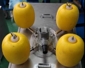 航道防撞式EVA撇油器